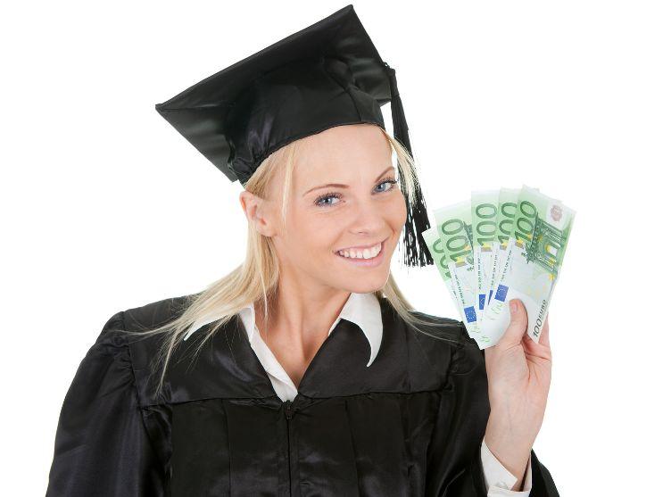 Деньги в долг студенту на карту